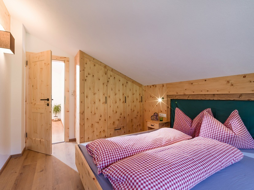 Panorama Lodge Alm Walchsee Schlafzimmer